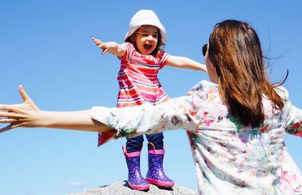 Voici LA liste d'activités d'été pour les petits (1-3 ans)