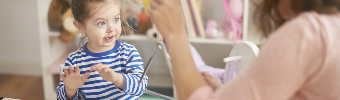 À quoi servent les comptines pour enfants? La réponse d'une orthophoniste
