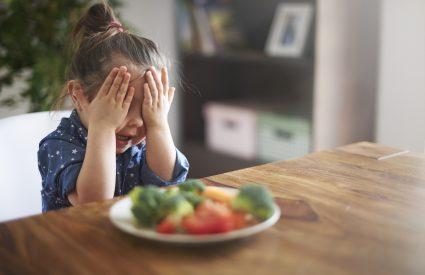 5 questions à vous poser si votre enfant refuse de souper