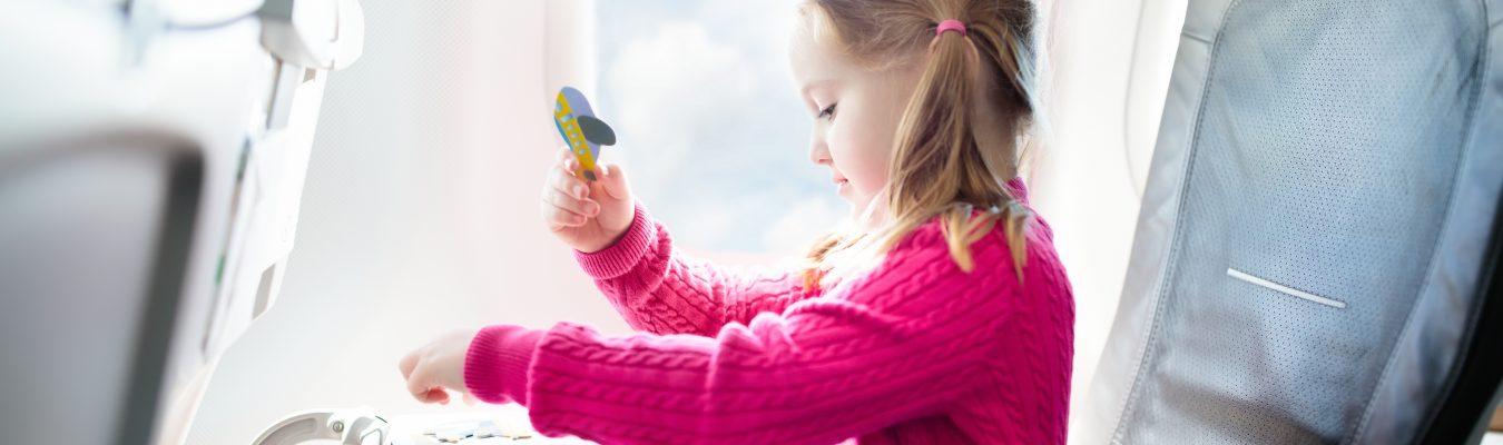7 essentiels pour voyager avec bébé et enfants