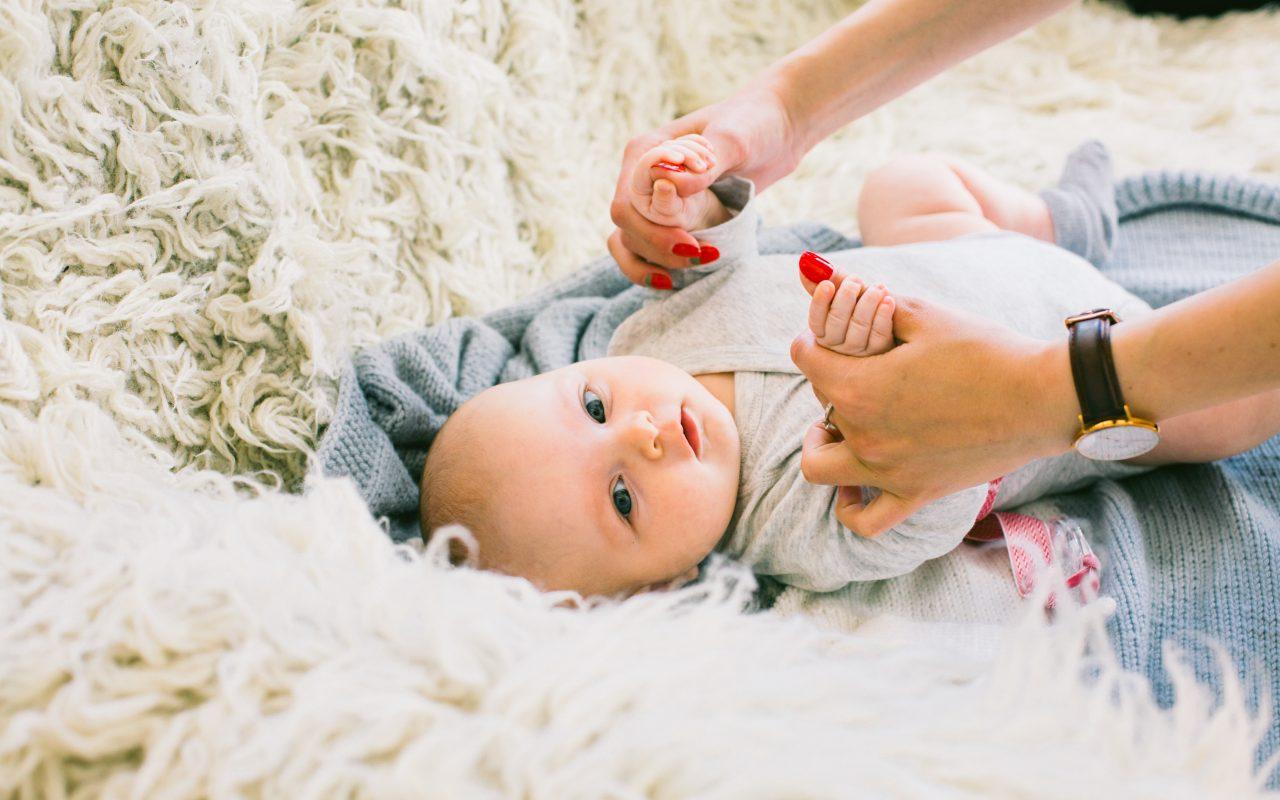 Comment aider bébé à communiquer ?