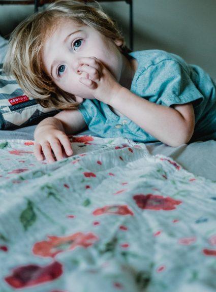 Quand devrait-on retirer la suce (la tétine) aux enfants?