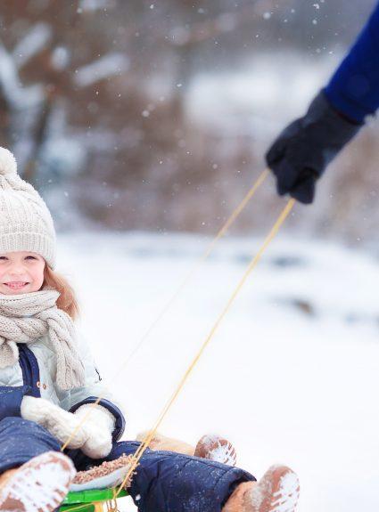 6 activités extérieures pour profiter de l'hiver avec les enfants