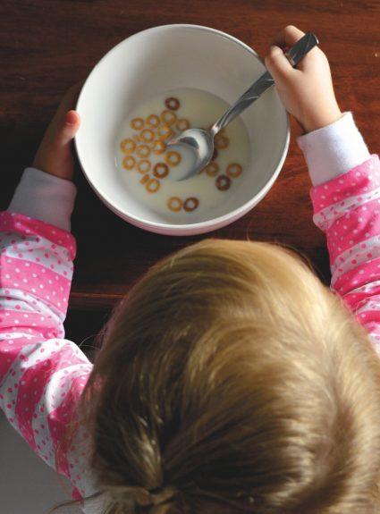L'alimentation chez le tout-petit: 12 mois et plus