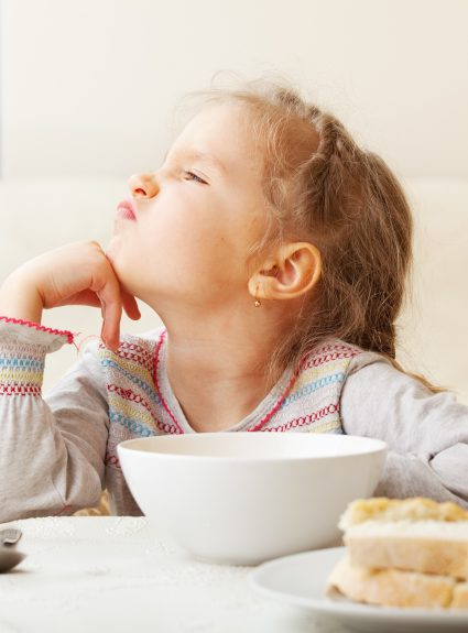 7 stratégies de nutritionniste quand l'enfant refuse de manger