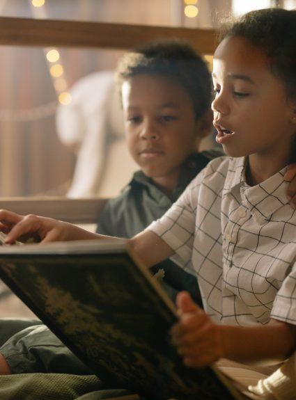 6 séries de livres jeunesse qui donneront envie à vos enfants de lire
